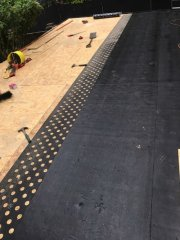 Laying the underlay before the Finnish mineral